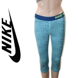 Nike Pro Crop Tights